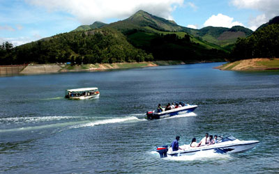 boating in thekkady